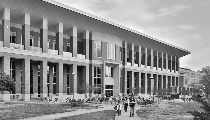 U of M campus building